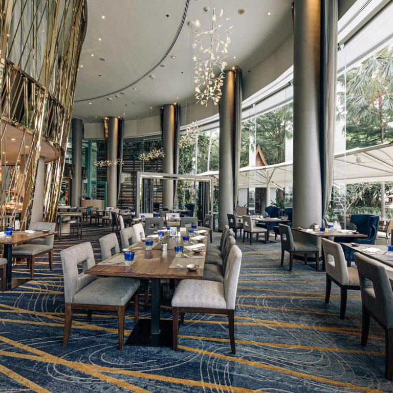 บุฟเฟ่ต์โรงแรม River Barge at Chatrium Hotel Riverside Bangkok 5